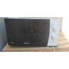 Микроволновая печь Samsung МЕ711КR Б/У
